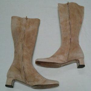 Vintage Banana Republic Beige Suede Boots Italy
